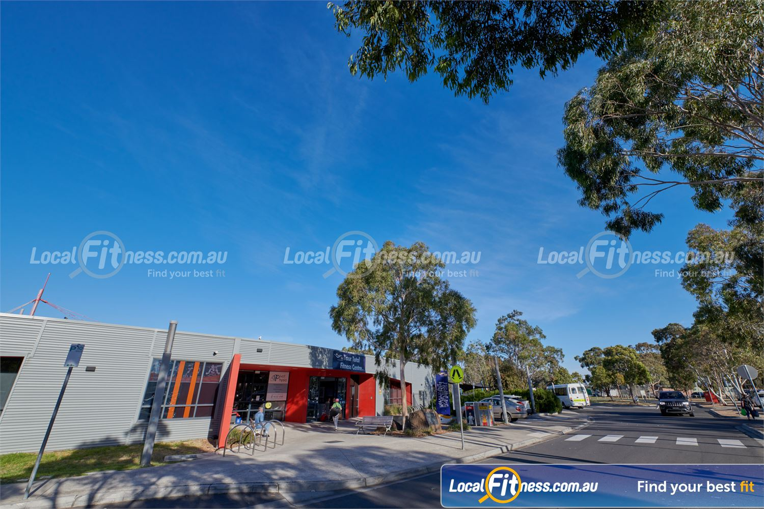 Maribyrnong Aquatic Centre front photo