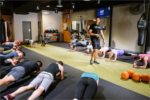 12 Round Fitness front photo