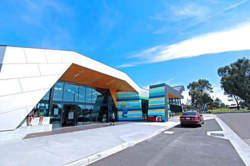 Noble Park Aquatic Centre front photo