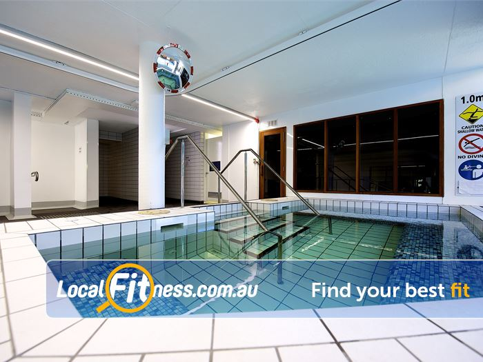 Ivanhoe Aquatic & Fitness Centre Near Eaglemont Relaxing on-site spa and sauna services.