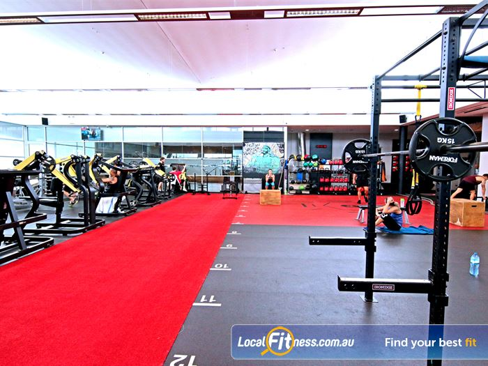Fitness First Gym Mermaid Waters  | Get into functional and freestyle training in our