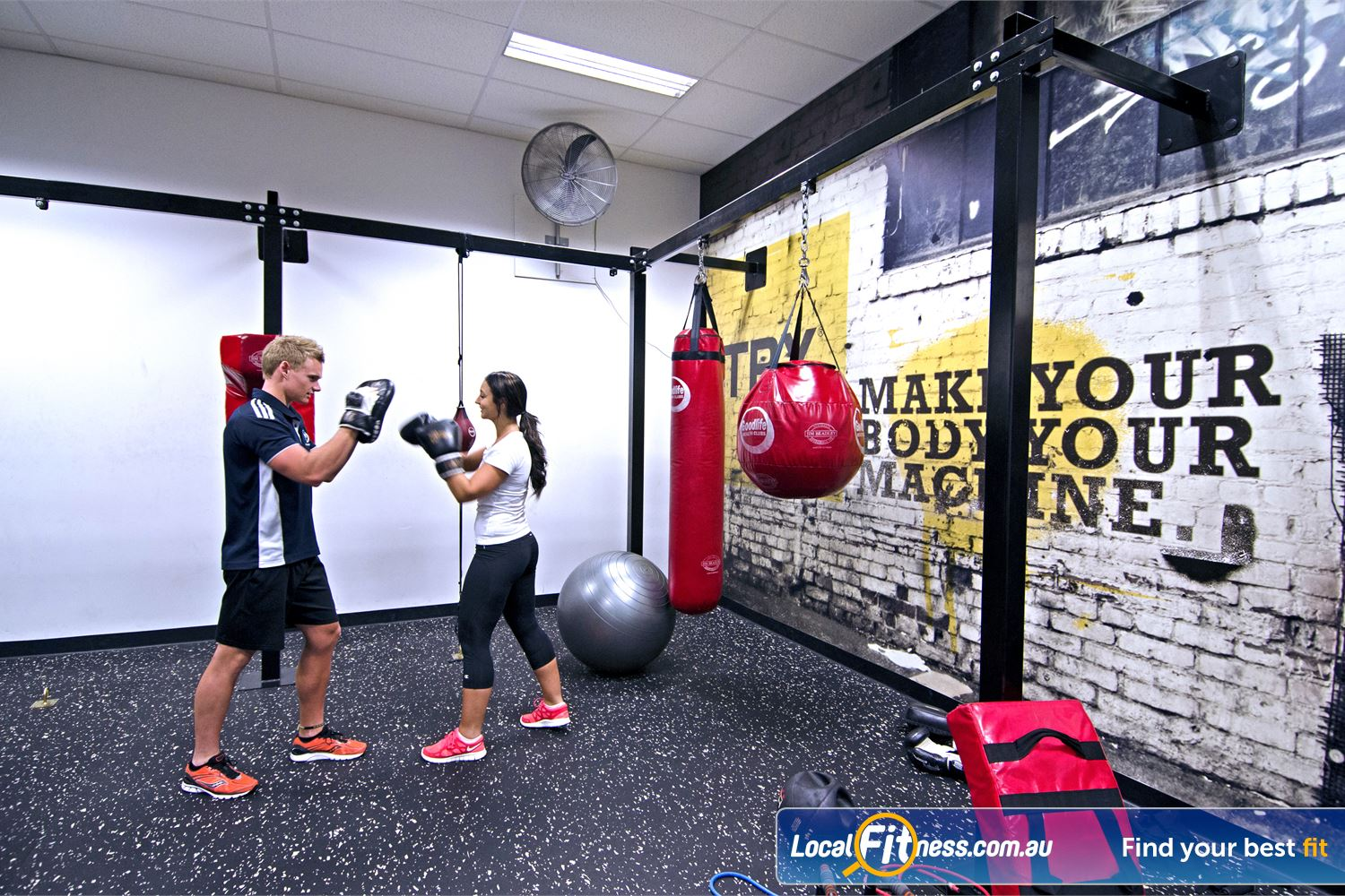 Goodlife Health Clubs Near Tennyson Vary your Graceville personal training with some cardio boxing.