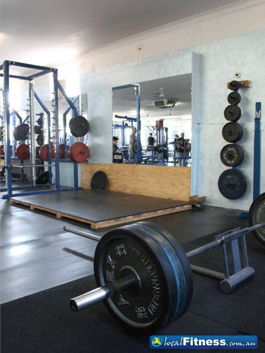 Body World Near Ripponlea Our experienced instructors help both men and women add gains to their lifts.