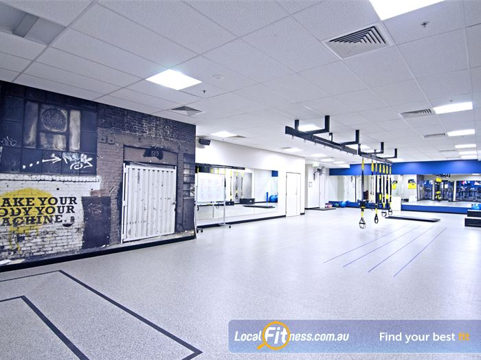Goodlife Health Clubs Queen St Gym South Brisbane  | The fully equipped Brisbane free-weights gym area.