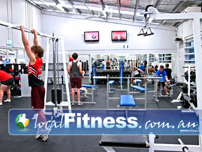 PCYC Gym Mermaid Waters    PCYC Nerang gym is large and fully equipped.