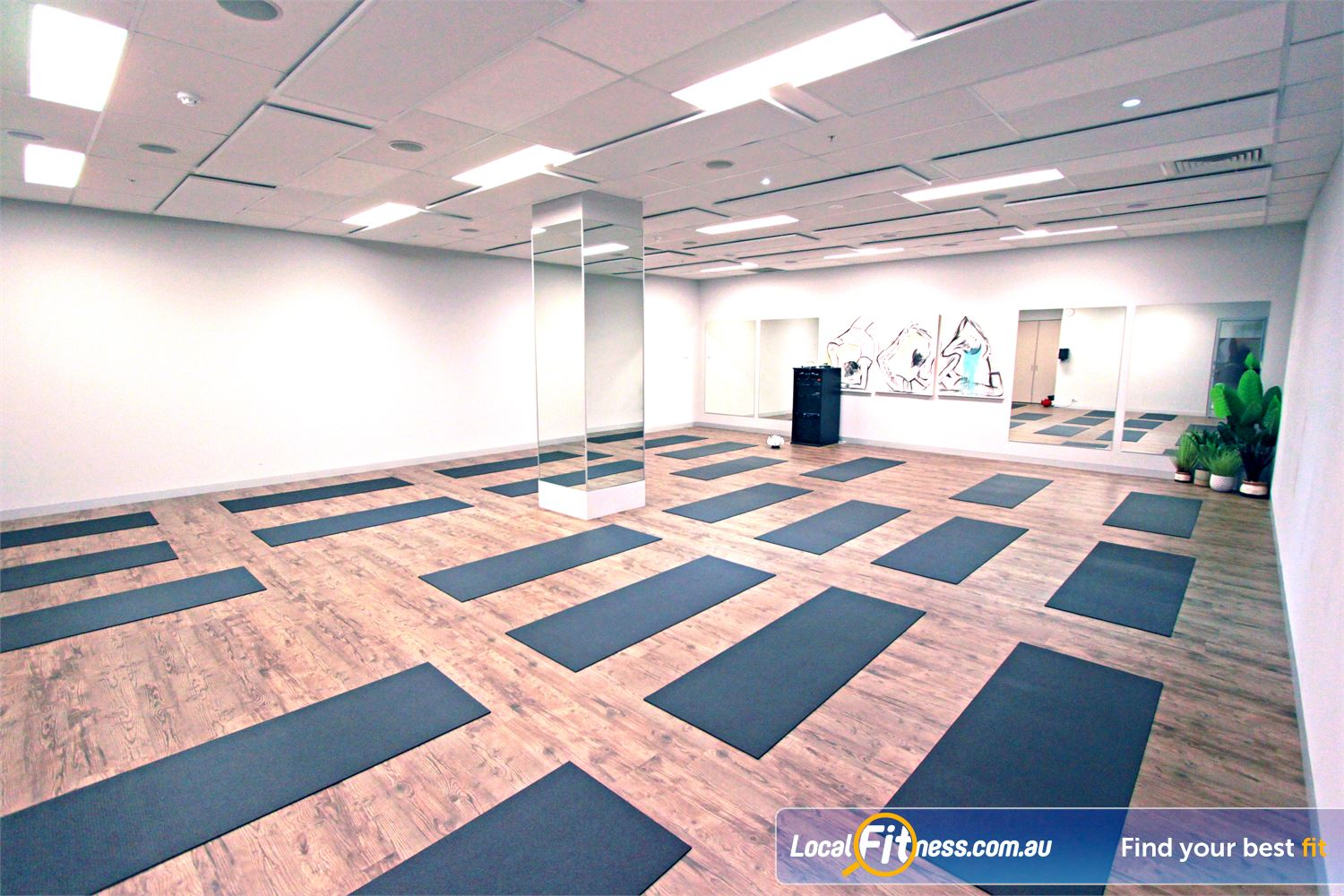 South Pacific Health Clubs Mentone Dedicated wellness studio with Mentone HOT Yoga, Pilates, Barre and more.