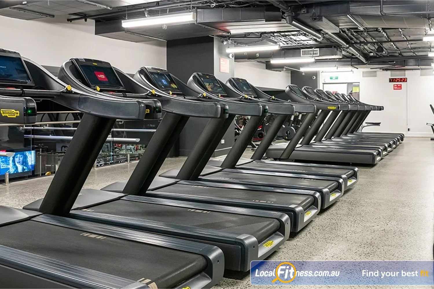 Fitness First Platinum Pitt St Sydney Welcome Pitt St Platinum is an athletic multi-purpose Sydney gym.