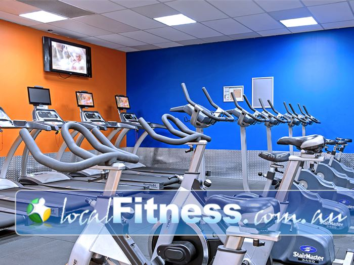 Plus Fitness 24/7 Near Englorie Park Enjoy 24 hour access to our cardio area.