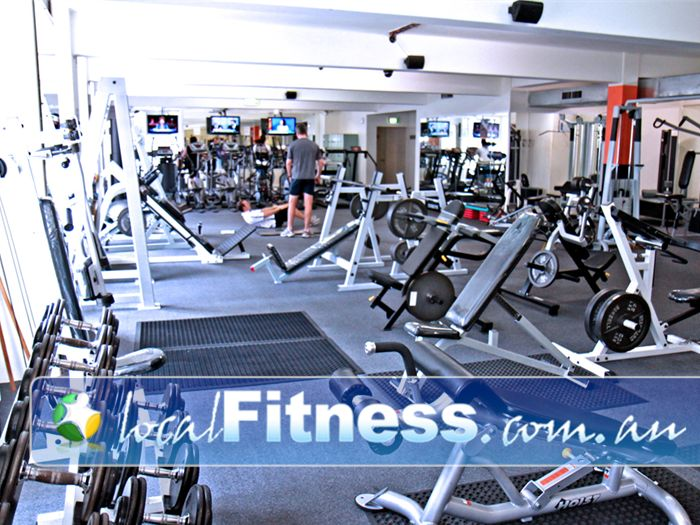 Regenesis Fitness 24 Hour Gym Kirribilli  | Open space layout with a full range of
