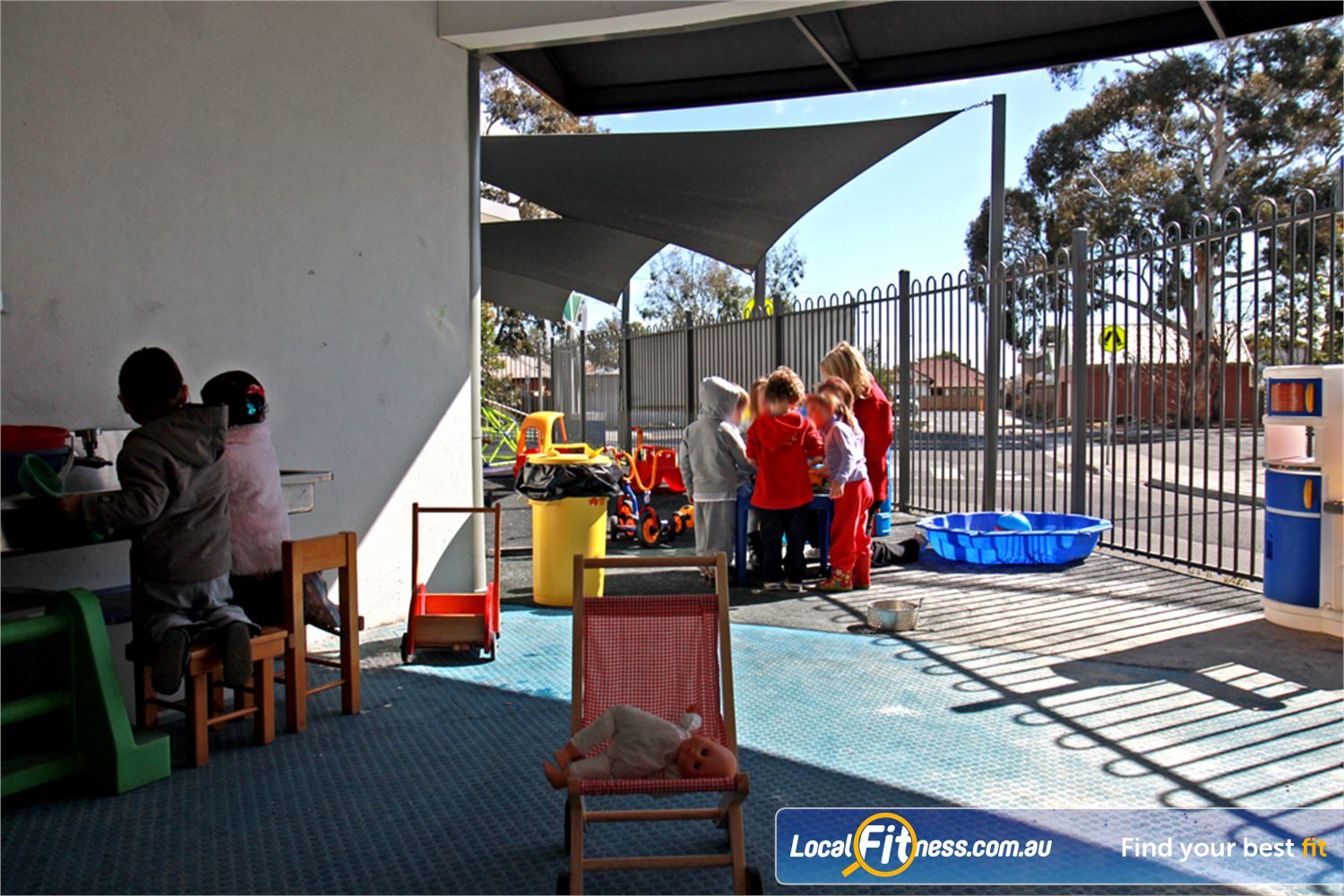 Ascot Vale Leisure Centre Near Moonee Ponds Ascot Vale provides an outdoor play are for your children.