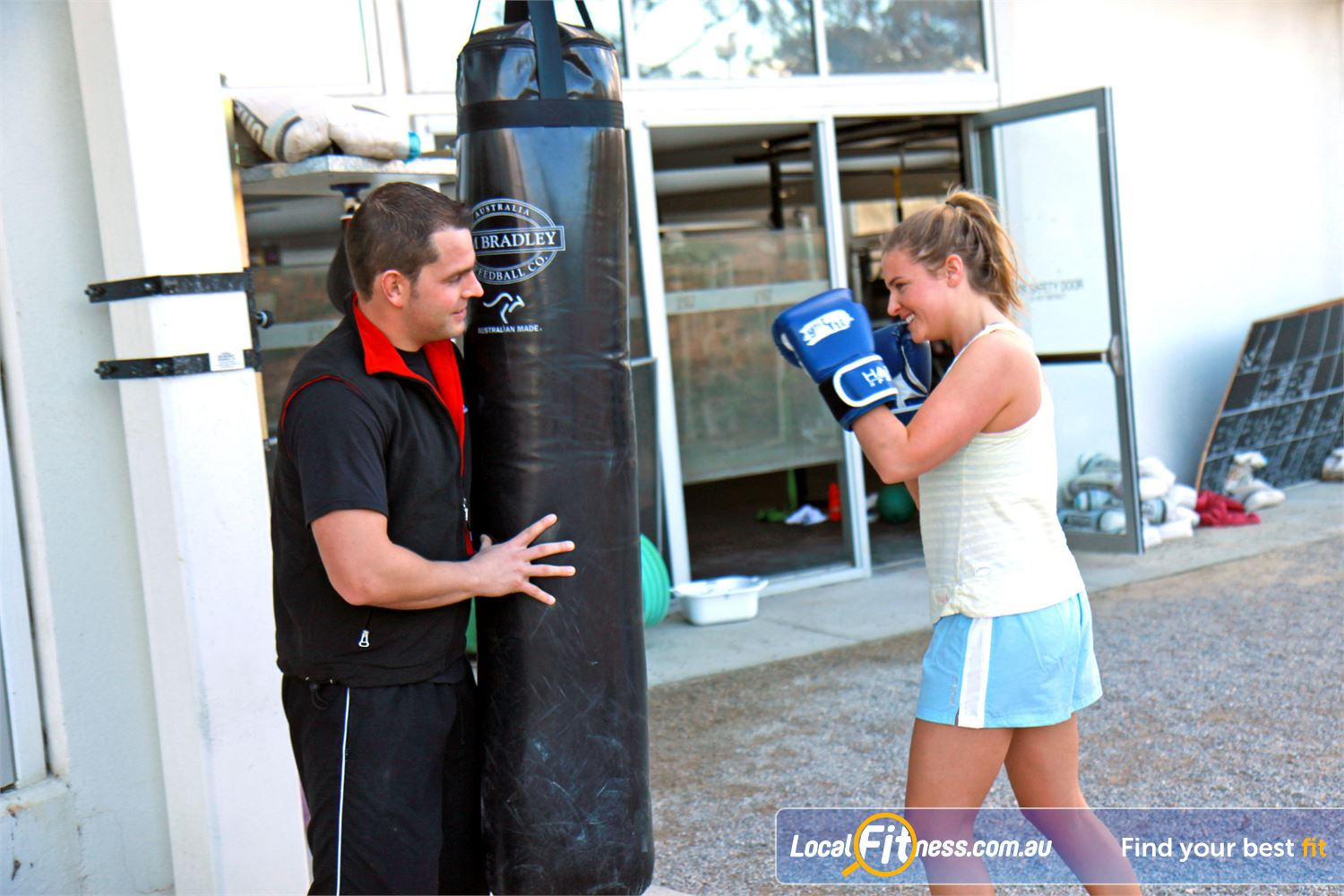 Ascot Vale Leisure Centre Near Moonee Ponds Outdoor boot camp and crossfit training environment in Ascot Vale.