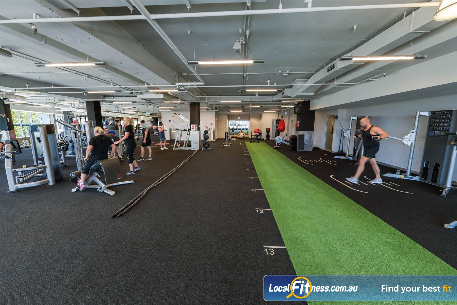 Fitness First Platinum Kings Cross Potts Point Freestyle training area with boxing area, indoor sled track, battle ropes and more.