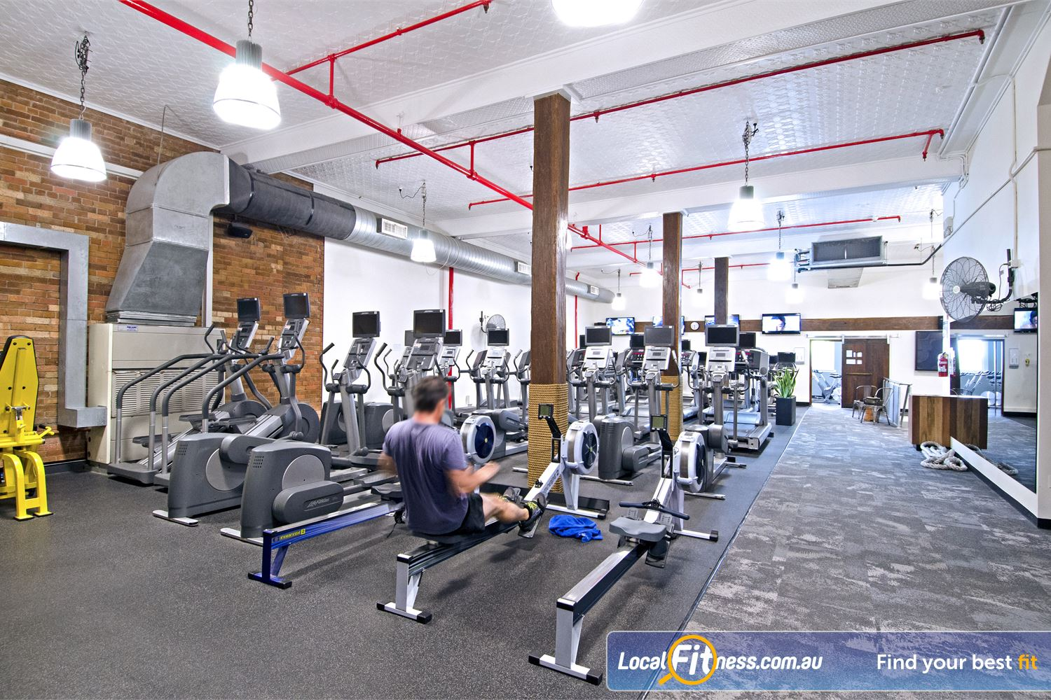 Goodlife Health Clubs Edward St Near George Street The latest cycle bikes, cross trainers and treadmills from Life Fitness.