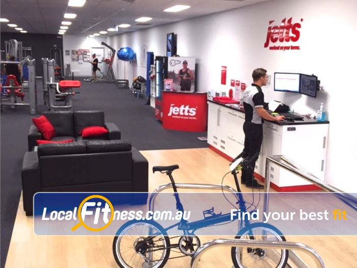 Jetts Gym Airport West  | Experience the Jetts Coburg customer service experience.