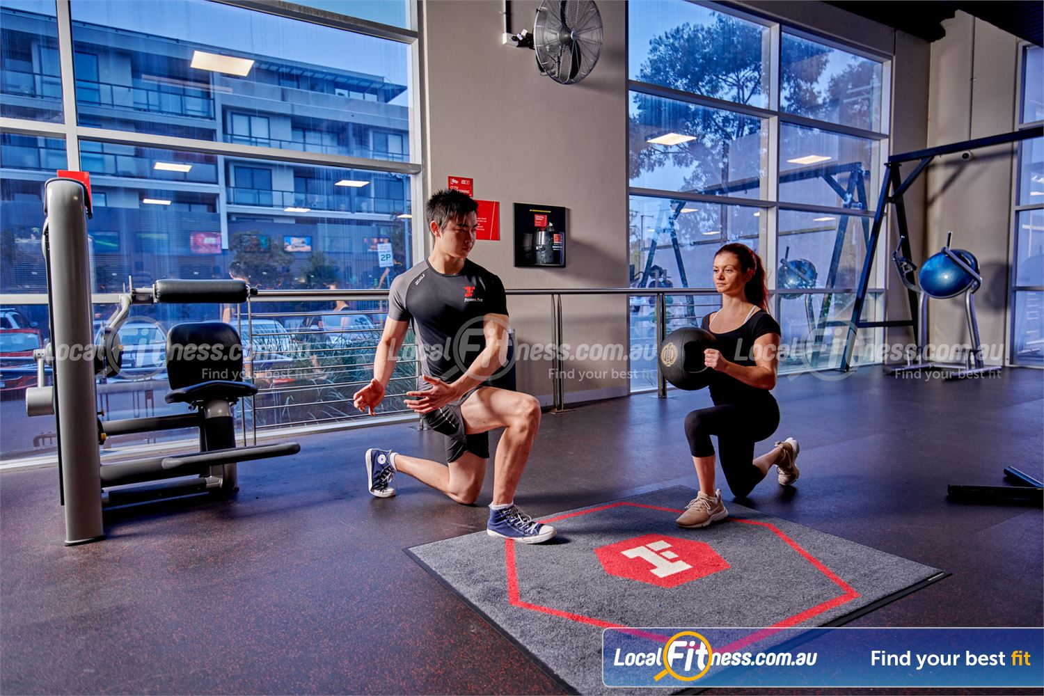 Fitness First Rockdale Get functional with rotational twists and challenge your core.