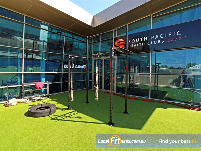 South Pacific Health Clubs Mount Waverley Gym Fitness Train outdoors in the fresh air