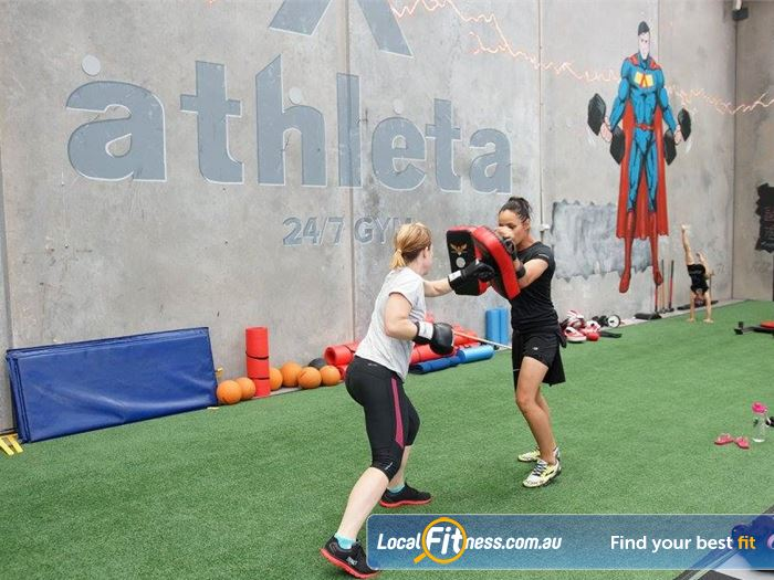 Athleta Gym Gym Williamstown  | Our Williamstown personal trainers are ready to smash