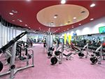 Glen Eira Sports and Aquatic Centre (GESAC) Oakleigh South Gym Fitness Full range of heavy duty plate