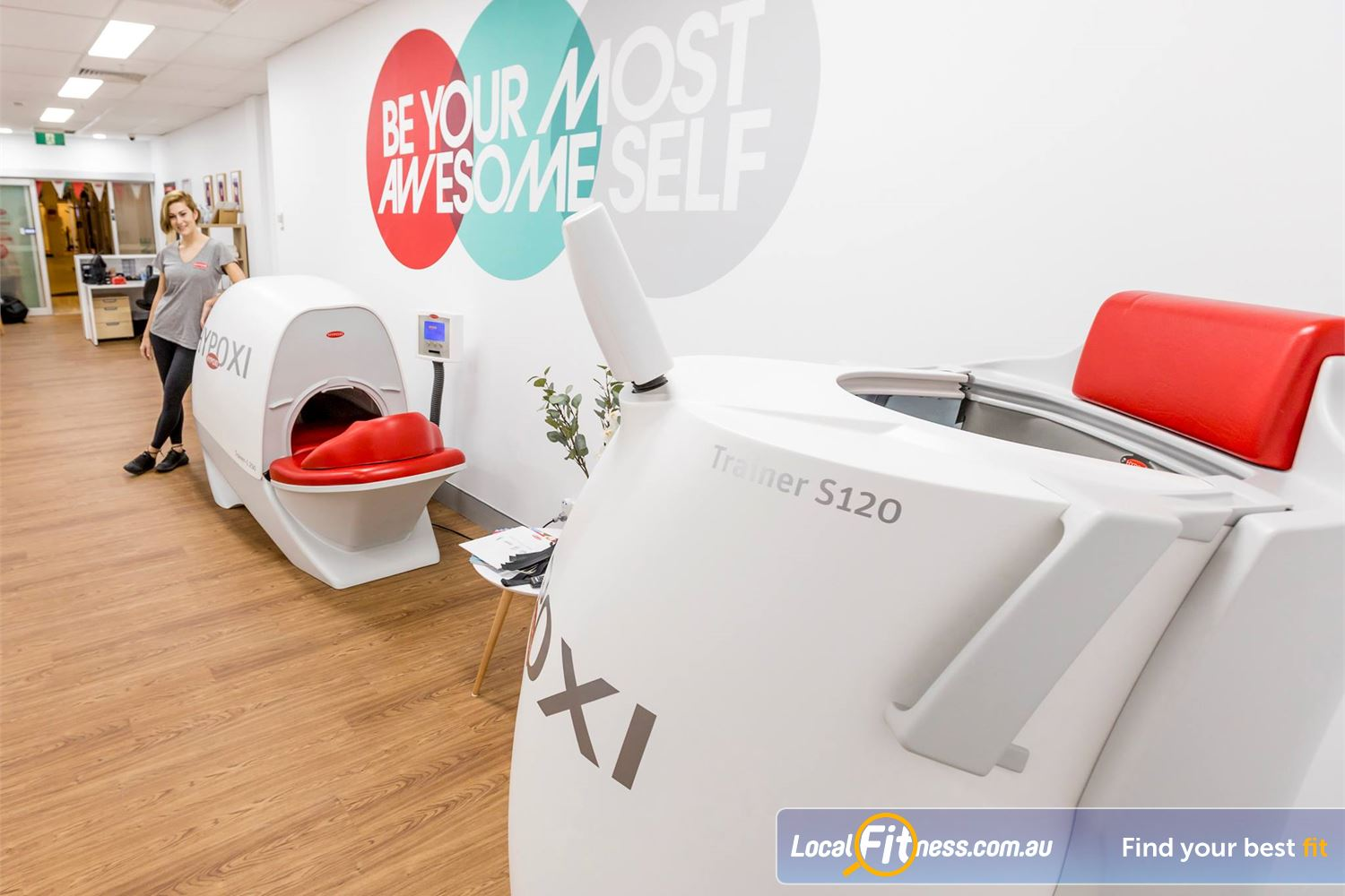 HYPOXI Weight Loss Madeley The HYPOXI S120 is an upright machine targeting stubborn fat around your hips, lower stomach, bottom.