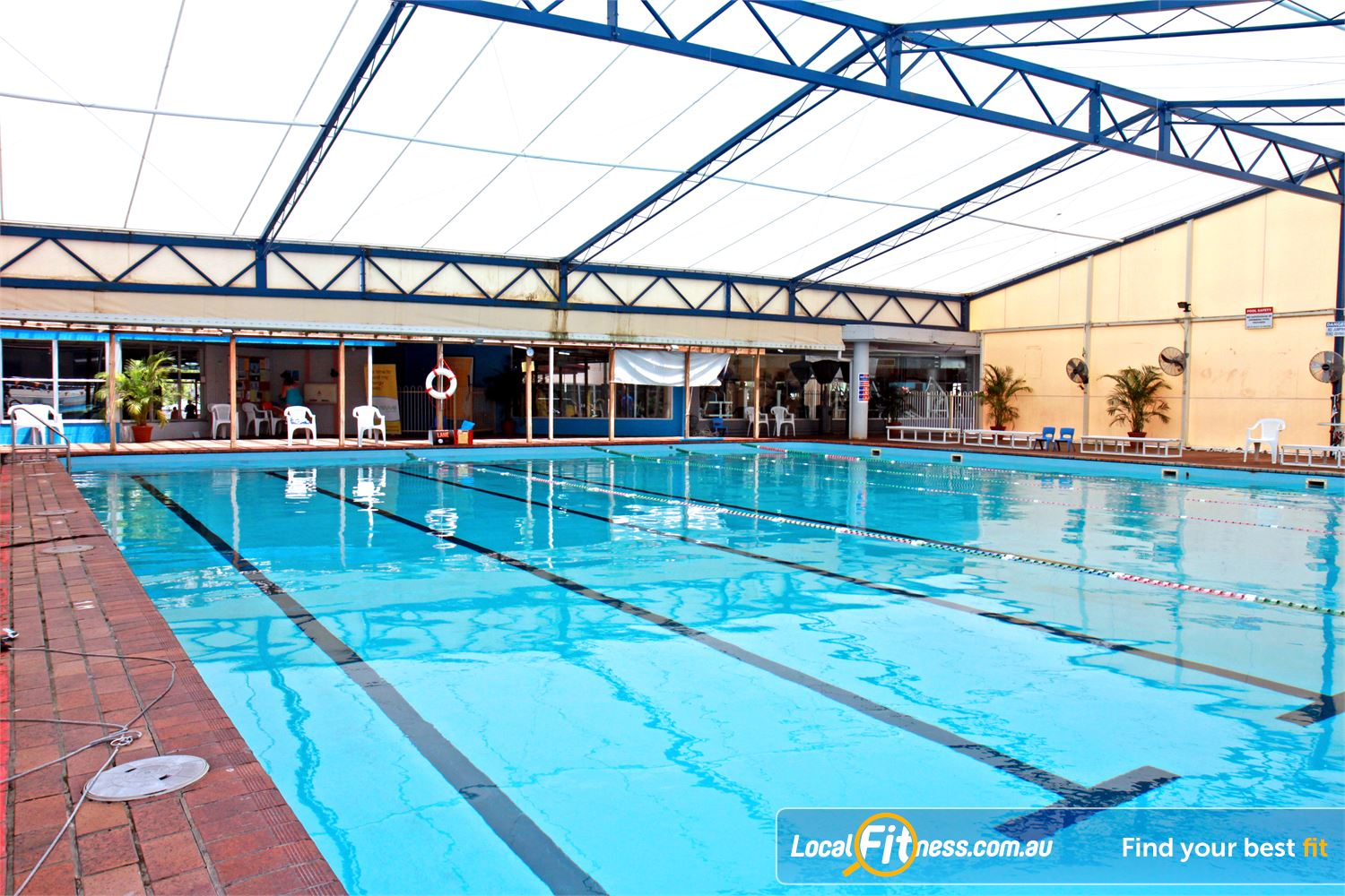 Goodlife Health Clubs Alexandra Hills out indoor Alex Hill swimming pool is perfect for lap lane swimming all year round.