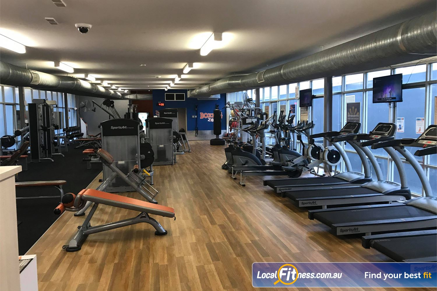 Plus Fitness 24/7 Near Oakleigh South Our Oakleigh gym includes state of the art equipment from SportsArt Fitness.