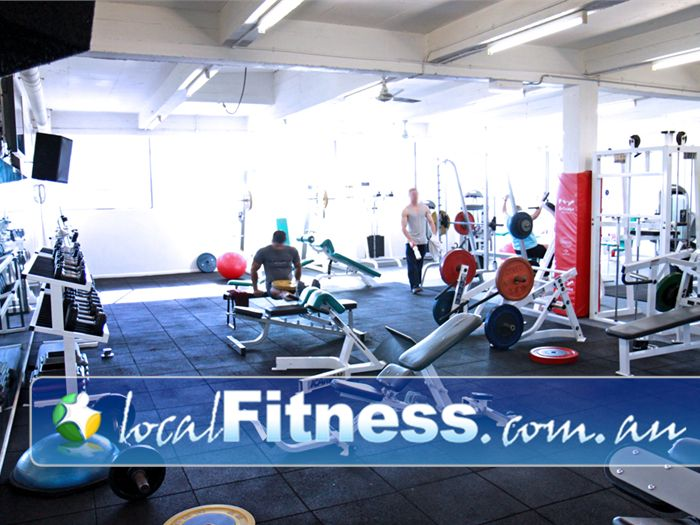 Re-Creation Health Clubs Gym Moonee Ponds  | The NEW Essendon gym free-weights area has plenty