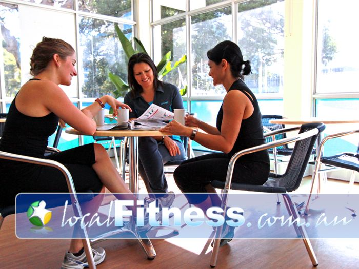 Fernwood Fitness Green Square Near Beaconsfield Chat and socialise with other Fernwood Rosebery women's gym members.