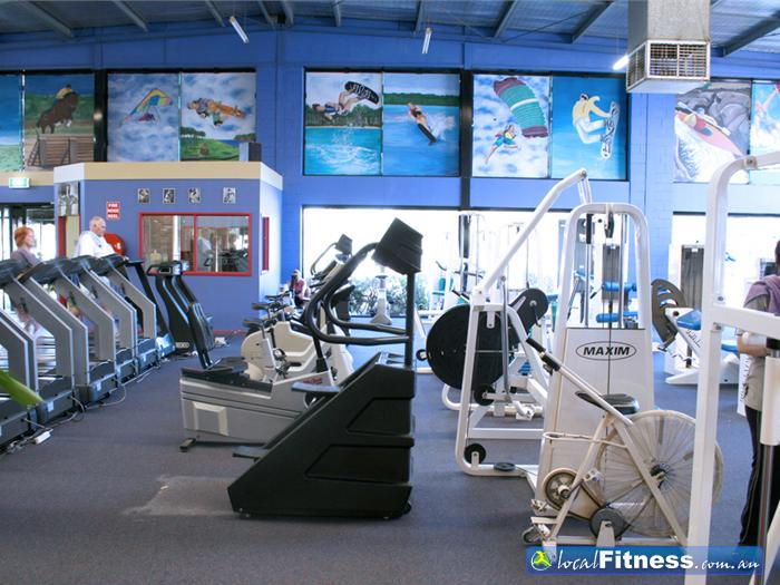 Personal Best Fitness Centre Gym Sherbrooke  | Enjoy our range of cardio equipment.
