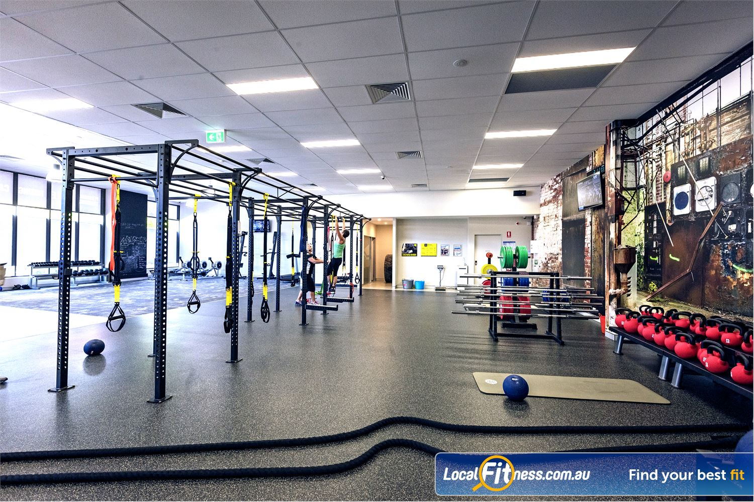 Goodlife Health Clubs Near Sanctuary Cove Fully equipped functional training area at Goodlife Helensvale.