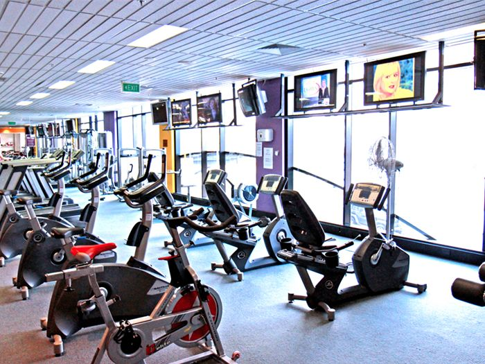 Orbit Fitness Near Point Piper The new cardio theatre at Orbit Fitness Edgecliff.