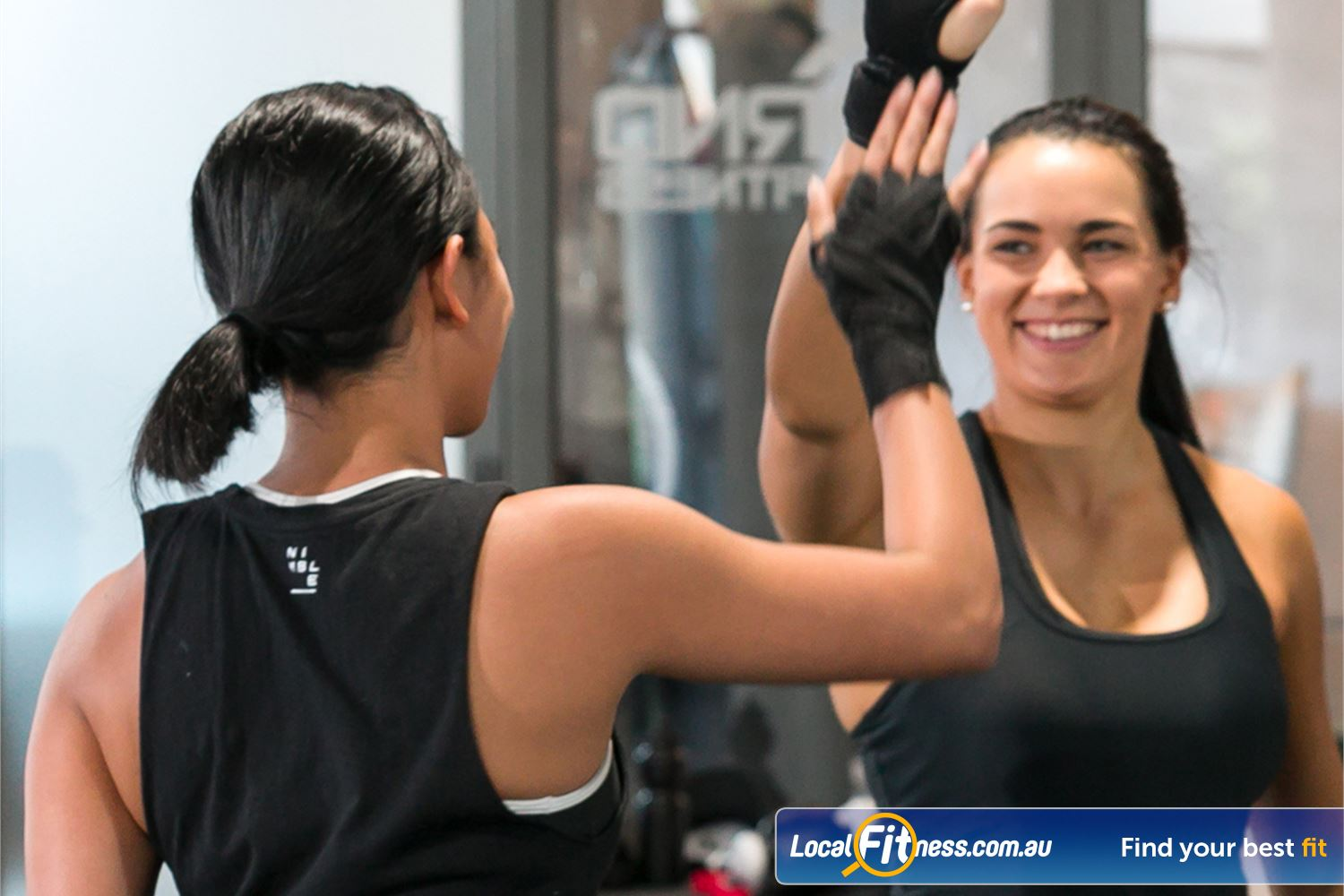 12 Round Fitness Camberwell Our Camberwell group training sessions are fun, fast and never boring.