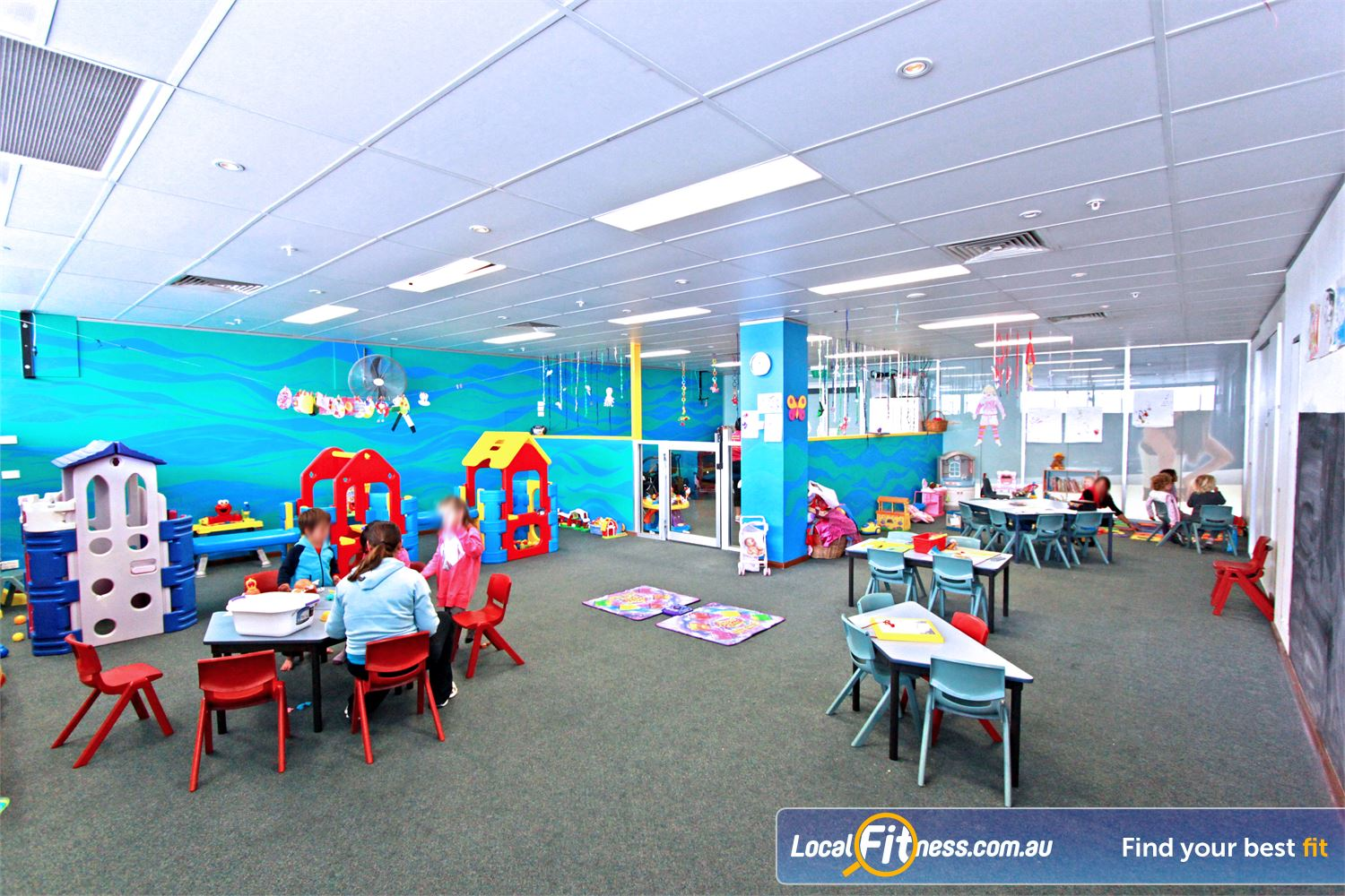 Fernwood Fitness Near Amaroo Conveniently located on-site child-care at Fernwood Gungahlin gym.