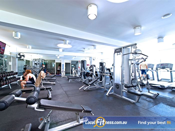 Victoria Park Pool Gym Potts Point  | Enjoy the best equipment from Life Fitness and