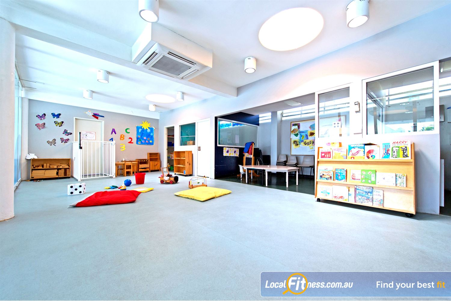 Victoria Park Pool Camperdown Camperdown Child Care provides the perfect place for your kids to have fun while you focus on your health & fitness.