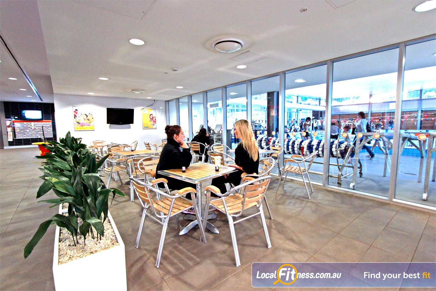 Macquarie University Sport & Aquatic Centre Near North Epping Enjoy your campus sport and fitness experience in our Macquarie University members lounge.