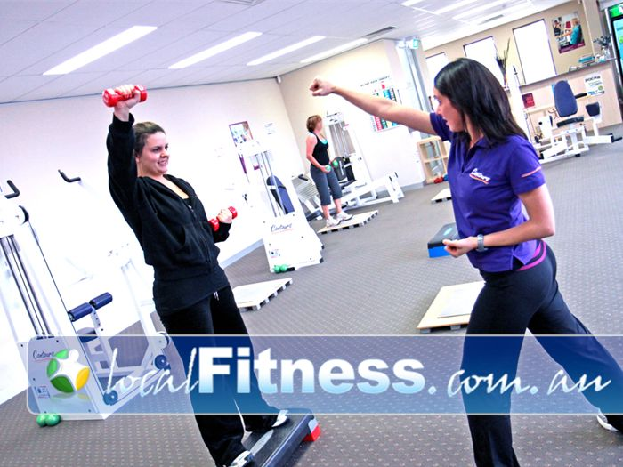 Contours Near Oakleigh East Women's fitness in Mt Waverley with a system that keeps everyone moving.
