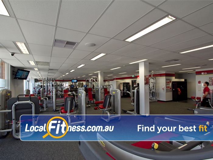 Snap Fitness Gym Bentley  | State of the art pin-loading machines.