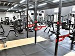 Weight of the World Fitness Altona Meadows Gym Fitness Strength training wiht our