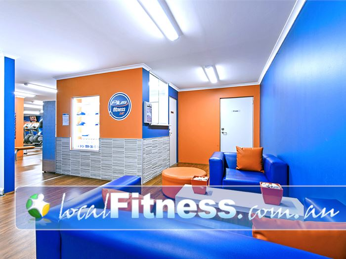 Plus Fitness 24/7 Camden South The relaxing members lounge area.
