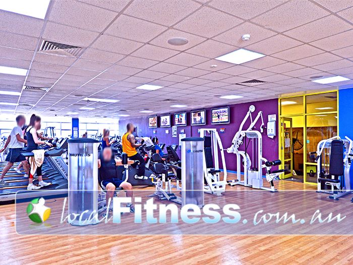 Belmont Oasis Leisure Centre Gym Bedford    The recently refurbished Belmont Gym.