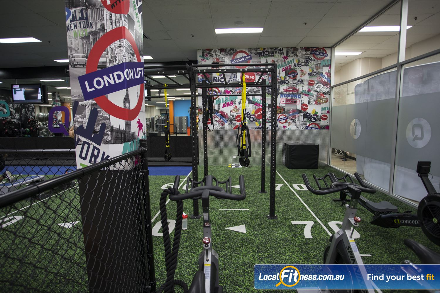 Fit n Fast Sydney TRX, strength training, plyo jumps, battle ropes, kettlebells and more.