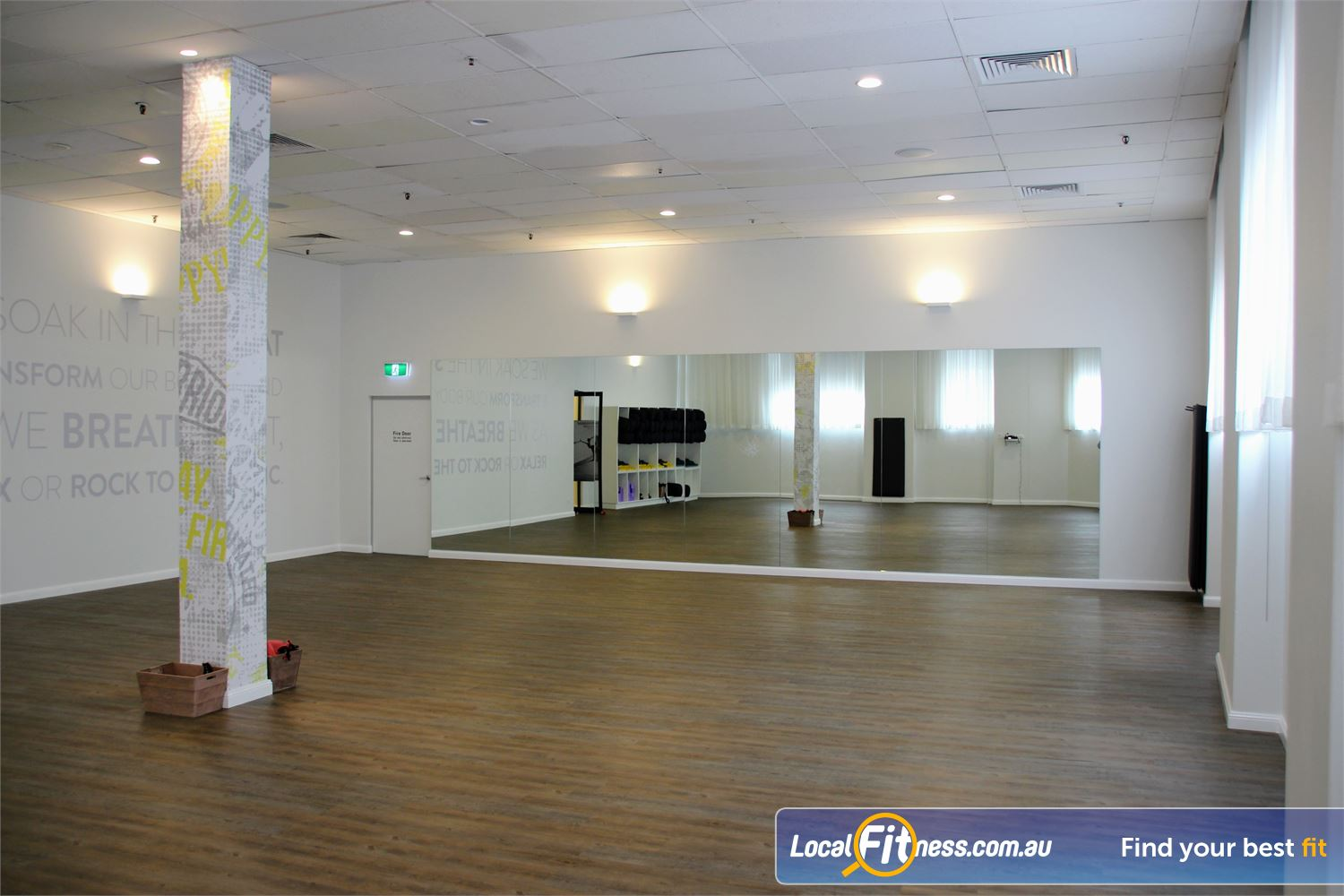Fit n Fast Sydney The relaxing Sydney Yoga space at the luxe YogaBar.
