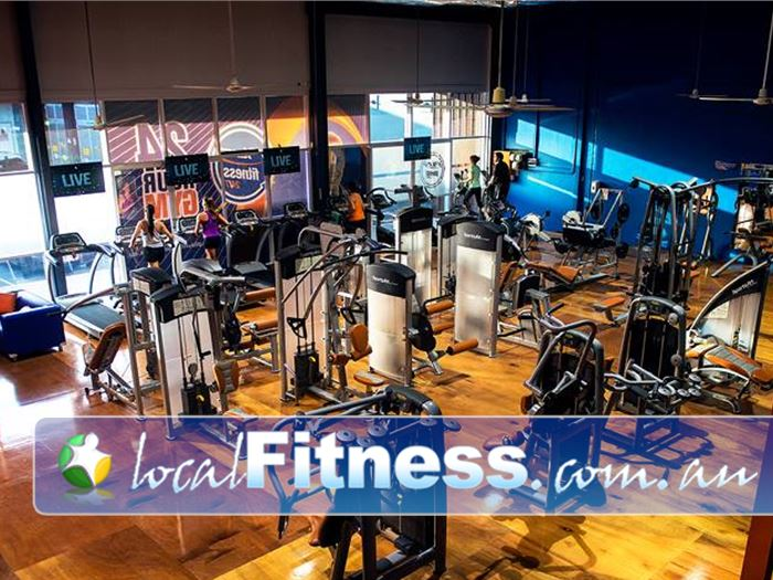 Plus Fitness 24/7 Gym Broadbeach Waters  | Enjoy 24 hour Southport gym access whenever you