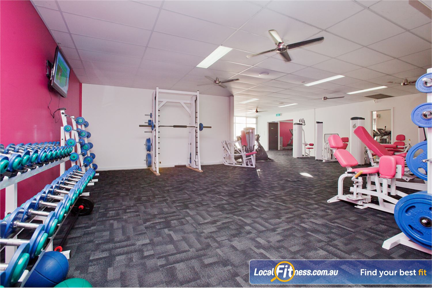 Fernwood Fitness Yarraville We provide the right fitness and weights to help women lose weight.