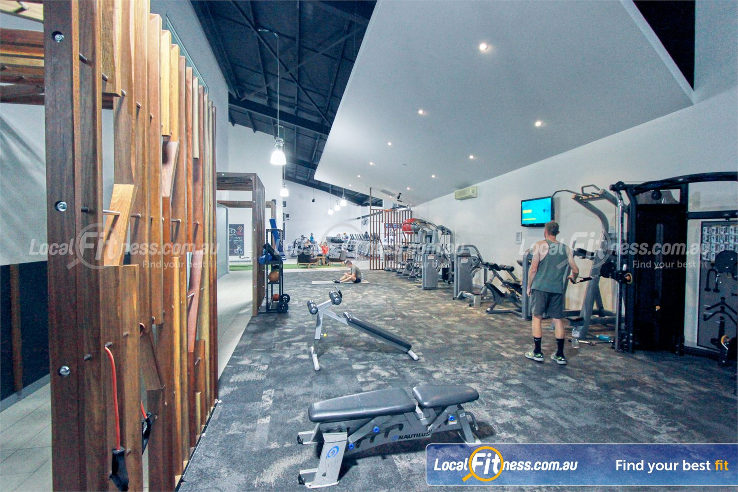 Goodlife Health Clubs Mooroolbark Fully equipped abs and stretching area.