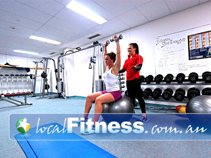 Healthstream Near Elsternwick Caulfield gym staff can incorporate free-weight training into your program.