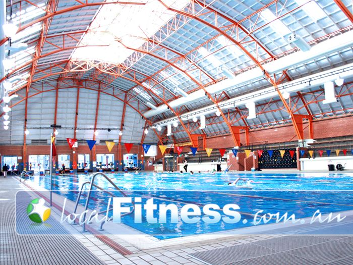 Ivanhoe east swimming pools free swimming pool passes swimming pool discounts ivanhoe east for Commonwealth pool swimming lessons