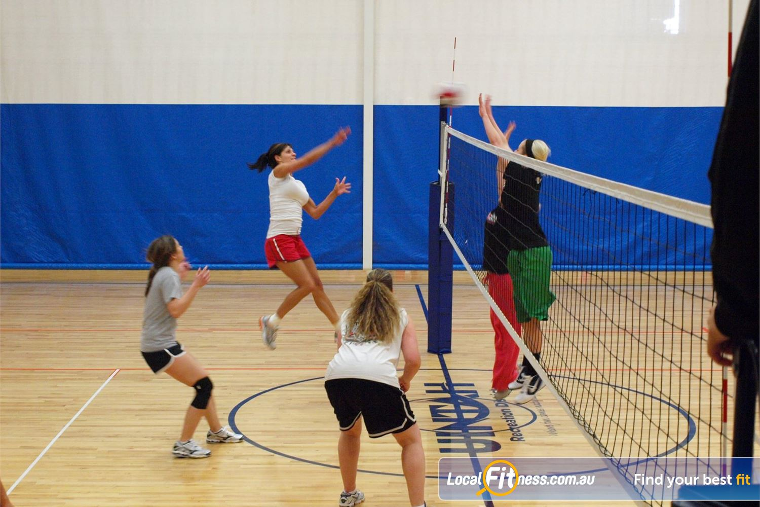 Cook and Phillip Park Aquatic and Fitness Centre Sydney Create a team and join our volleyball competition