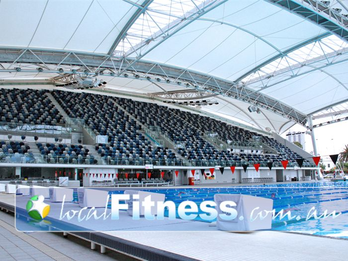 Melbourne sports aquatic centre outdoor pool near port melbourne 3000 spectator grandstand for Outdoor swimming pools melbourne