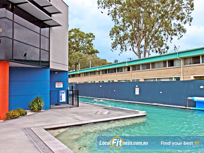 Goodlife Health Clubs Swimming Pool Kelvin Grove  | Our suburban Goodlife provides an on-site Holland Park